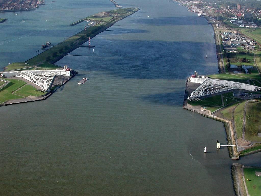 Nieuwe Waterweg_Stormvloedkering (1)
